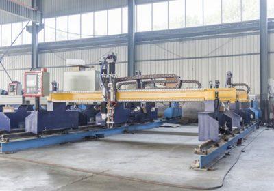 Kina Jiaxin 1300 * 2500mm woking zonë plazma prerja makine për prerës metal Plasma special stat LCD panel sistemit të kontrollit